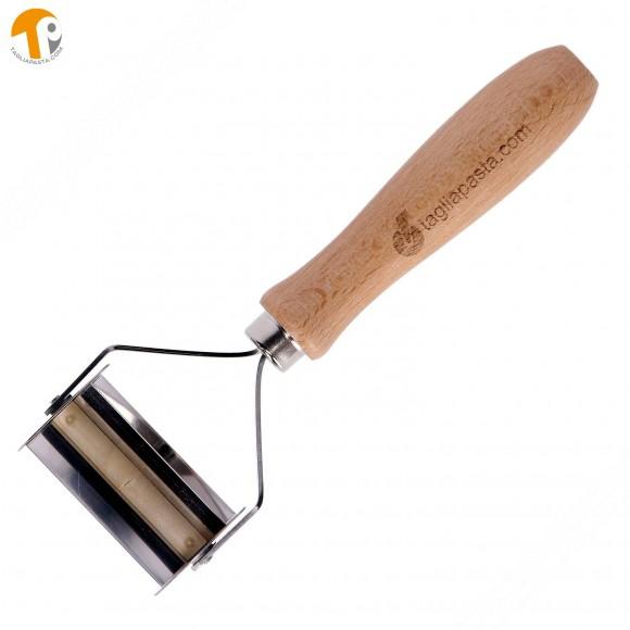 Taglia pasta con lame lisce in acciaio inox per fare le farfalle - 56mm