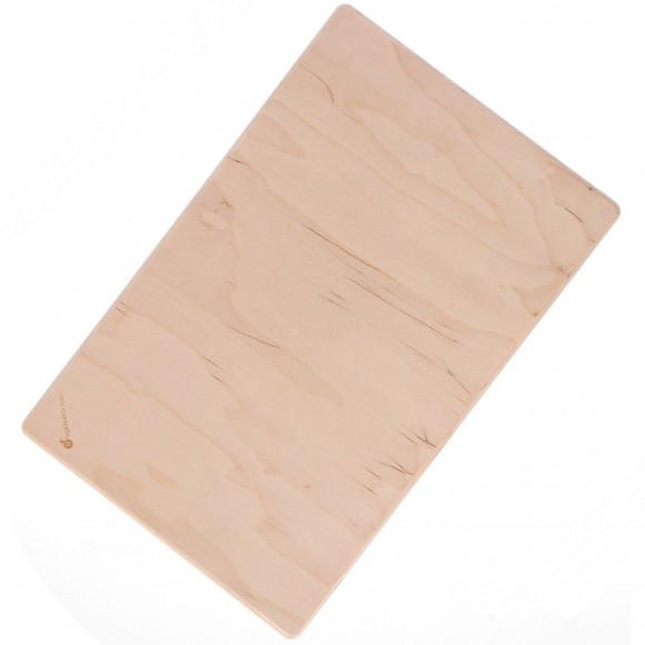 Cheap multilayer Birch Wood Pastry Board. Dimensions: 50x30cm