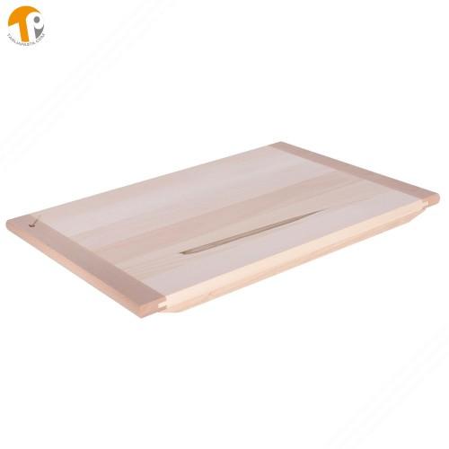 Asse da pasta in legno massello di tiglio. Dimensioni: 90x60x2 cm