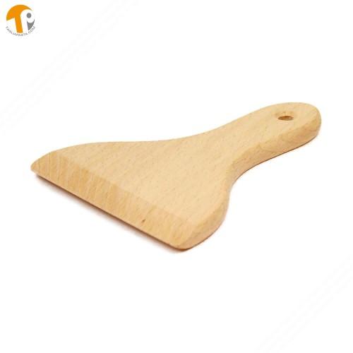 Spatola con manico in legno di faggio per tagliere pasta