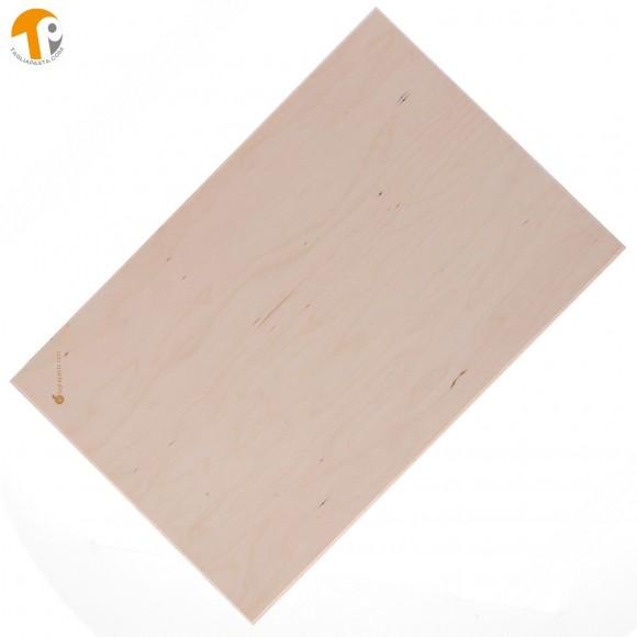 Asse da pasta in legno di betulla multistrato. Dimensioni tagliere: 90x50x1,2 cm