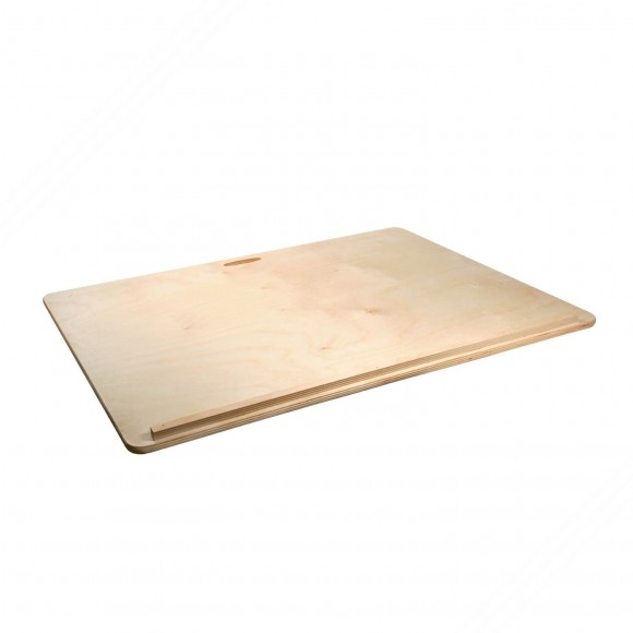 Multilayer birch wood pasta cutting board. Equipped with handle. Size: 90x59 cm