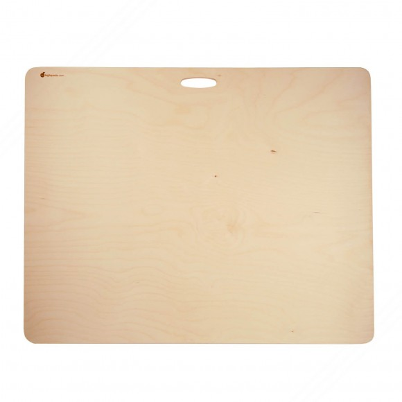 Multilayer birch wood pasta cutting board. Equipped with handle. Size: 75x59 cm