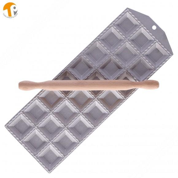 Ravioliera per fare 24 ravioli quadrati 47x47 mm e ripieno quadrato